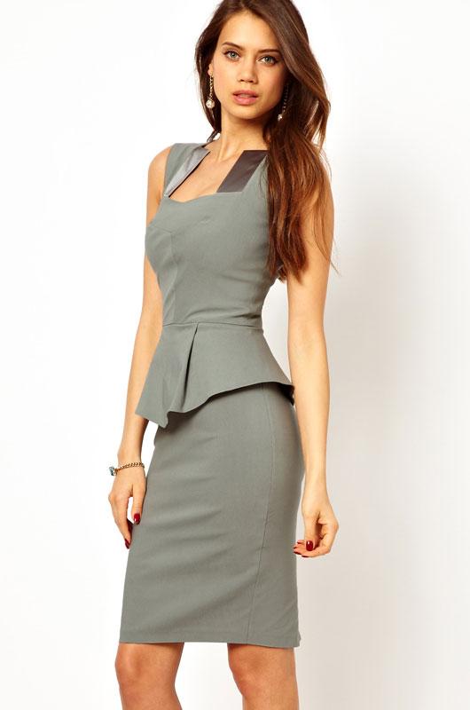 Серое атласное платье