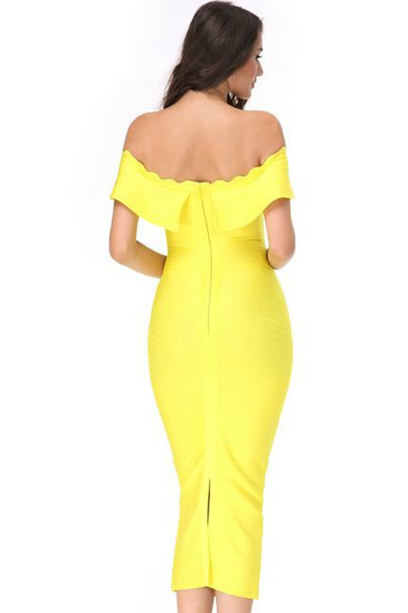 Elegant Off Shoulder Shortsleeve Maxi Yellow Ruffled